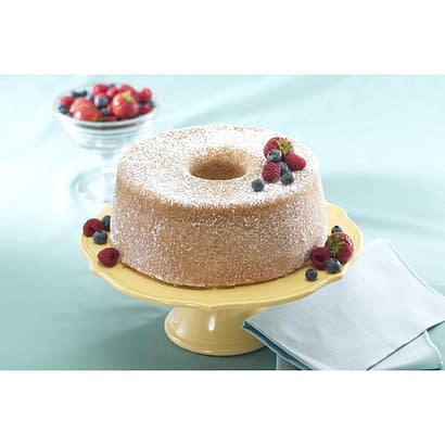 """""""sample of baked cake using nordic ware platinum that is round with hole in middle"""