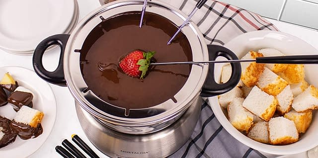 Nostalgia Stainless Steel Electric Fondue