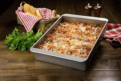 Deep Lasagna and Bakeware Non stick Baking Dish and Pan