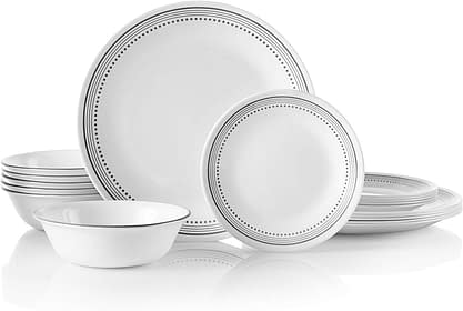 Corelle lead and cadmium free 18 Piece Dinnerware set chip Resistant